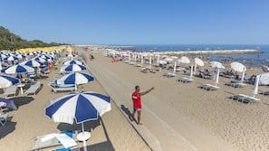 In Strandnähe, kostenloser Shuttle zum Strand, Liegestühle