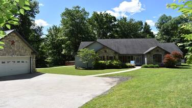 Beautiful Mountain Getaway Close to Penn State University!