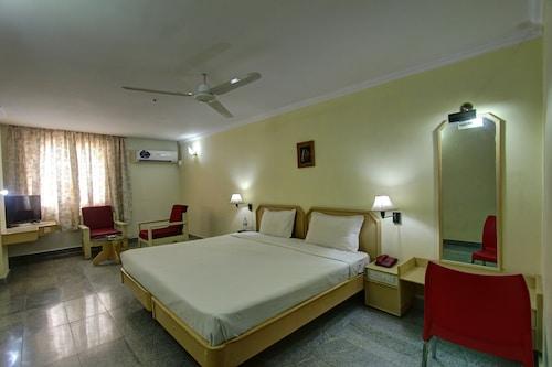 Cheap Hotels in Pudukkottai - Find $9 Hotel Deals | Travelocity