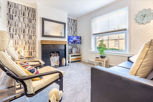 2 Bedroom - Farningham Road - Guest Homes