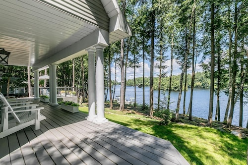 Taylor Island Lakehouse ~ a Perfect Family Retreat!