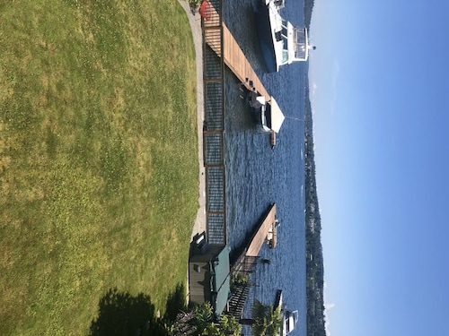 House on Lake Washington