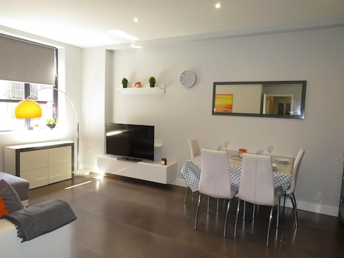 Luxury Apartment Central Colchester