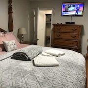 Cohost Vacation Rental Bed & Breakfast