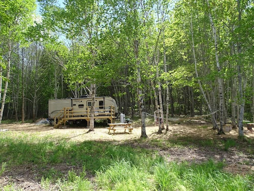 Fully Appointed Trailer on Private Waterfront lot