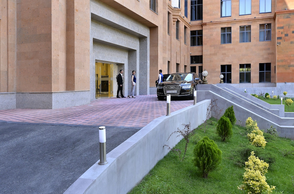 Interior Entrance, Ani Grand Hotel Yerevan