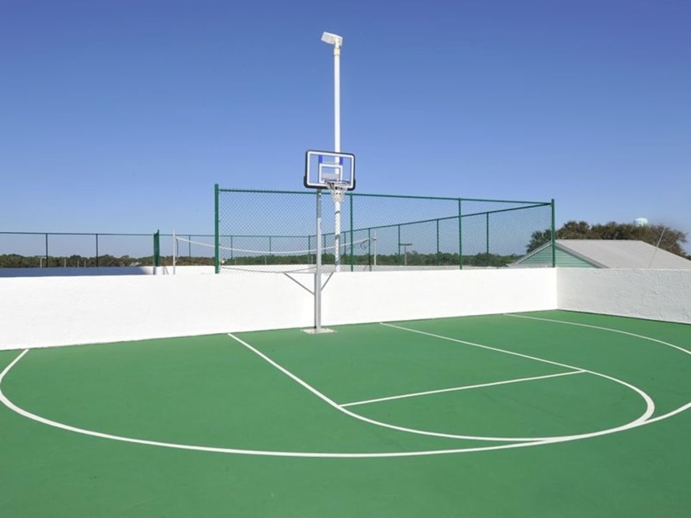 Basketball Court, Majestic Sun Beach Resort by Panhandle Getaways