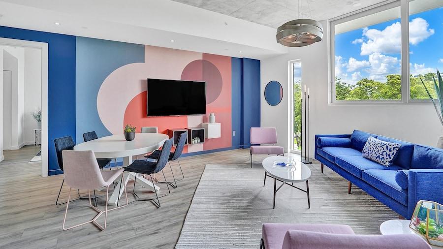 Design District Suites
