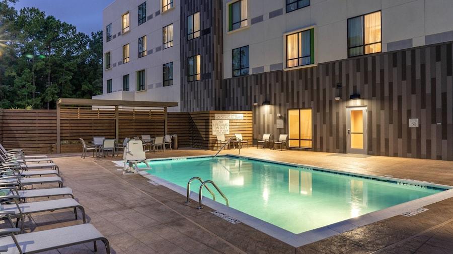 Courtyard by Marriott Charleston-North Charleston