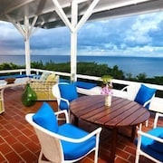 Villa Sea Cliff - Ideal for Couples and Families, Beautiful Pool and Beach