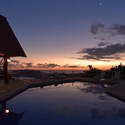 Puerto Carrillo Sunset Hotel
