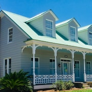 Just Completed! Wonderful 4 Bedroom Home in Historic Downtown Fernandina Beach!