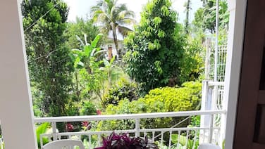 Apartment With 2 Bedrooms in Sainte-marie, With Furnished Terrace and Wifi - 6 km From the Beach