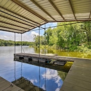 Waterfront Lake Barkley Home w/ Deck + Grill!