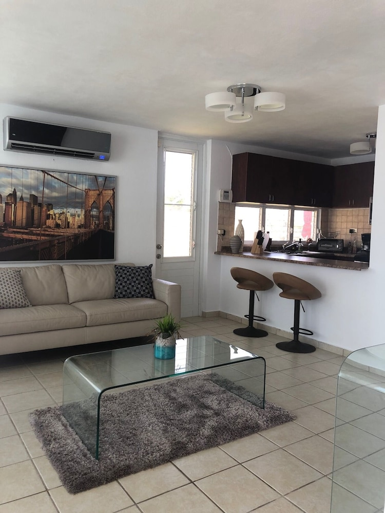 Living Room, Quiet Please W/private Pool, 5min Walking Distance to the Beach and Restaurants