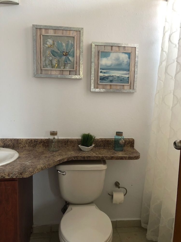 Bathroom, Quiet Please W/private Pool, 5min Walking Distance to the Beach and Restaurants