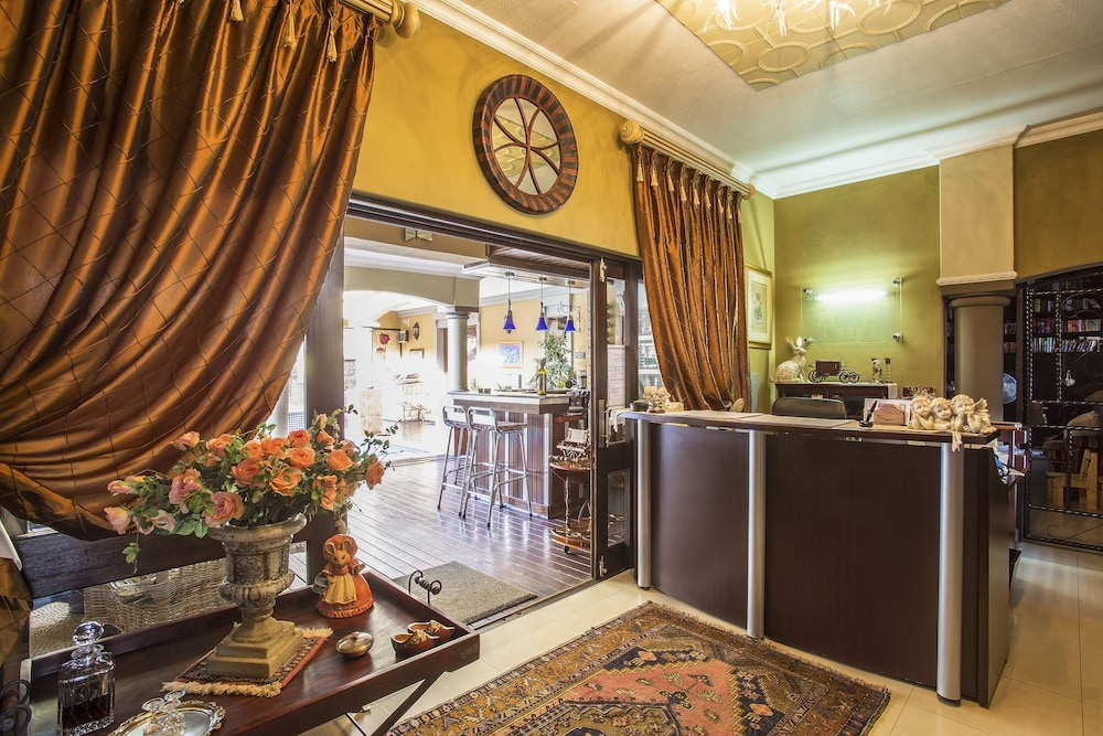 Reception, The Royal Palm Bed & Breakfast