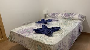 2 bedrooms, free cots/infant beds, free WiFi, linens