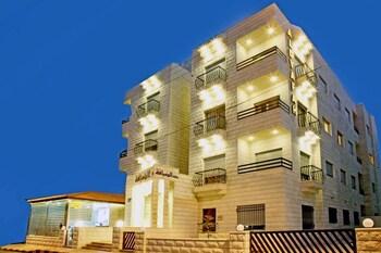 Al Dyafah Furnished Apartments