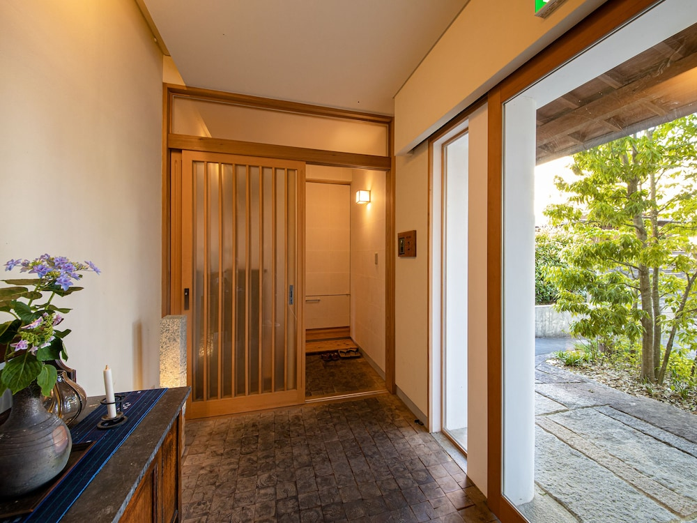 Property Entrance, UCHIKO-Inn KURA