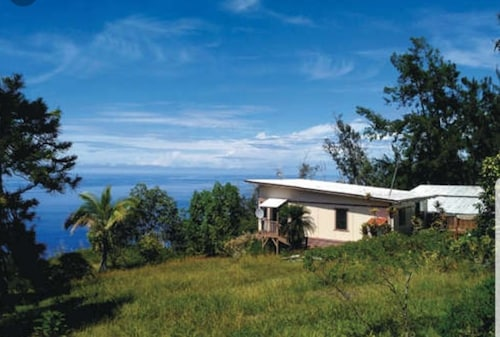 Laule'a Hale - Peaceful House