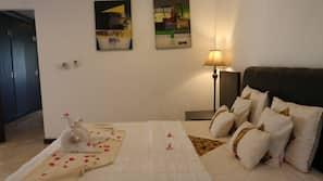 2 bedrooms, desk, free WiFi, wheelchair access