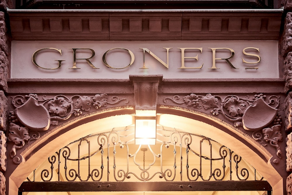 Front of Property, GRONERS Leipzig