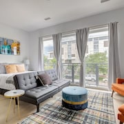 Charming Studio in the Heart of the Rino District!