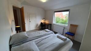 1 soveværelse, strygejern/strygebræt, internetforbindelse, sengetøj