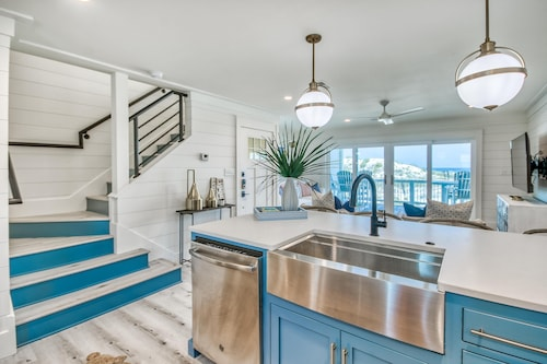 Oceanfront - Ocean Views - Beachfront, 2 King Suites, Near Rosemary Beach!