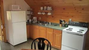 Microwave, oven, hob, coffee/tea maker