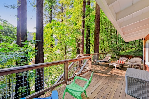 NEW Listing! City Chic in the Redwoods w/ Deck & Ping-pong- Near the River!