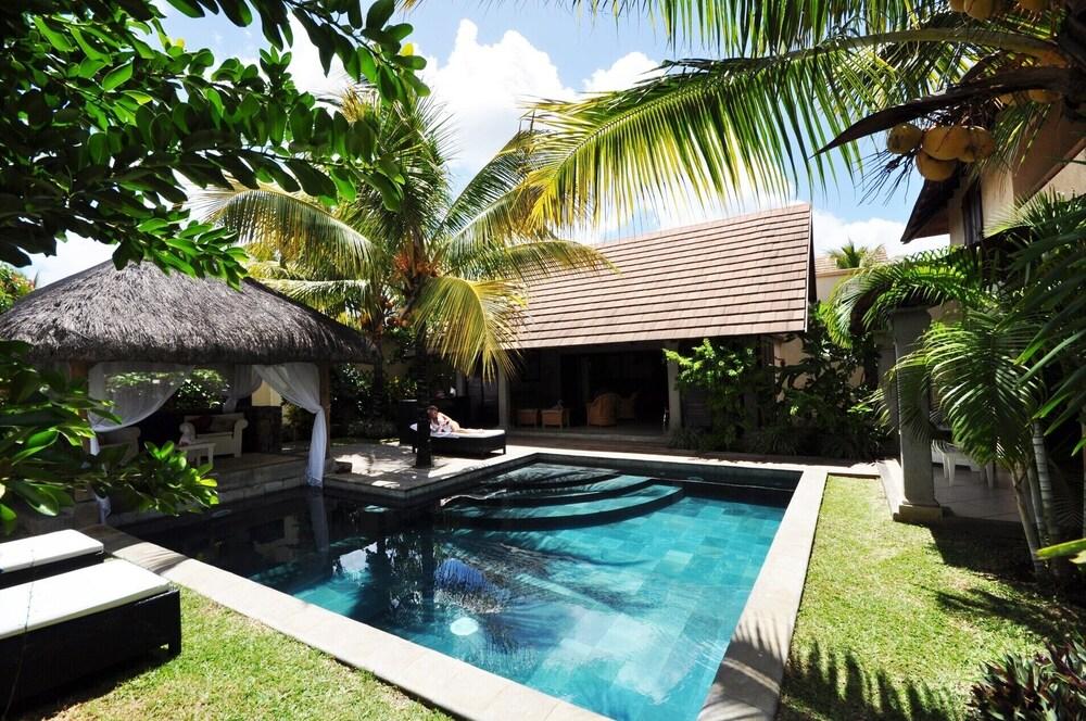 Villa A Grand Baie 3 Chambres Avec Piscine Privee En