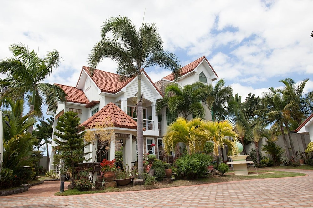 Featured Image, Sir Nico Guesthouse and Resort