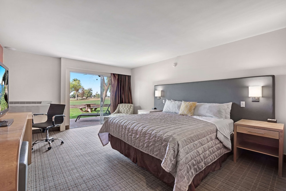 Room, Ramada by Wyndham Holtville Golf Resort/El Centro
