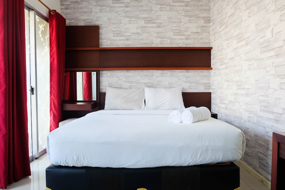 Marvelous Comfy Studio Cosmo Terrace Apartment In Jakarta Hotel Interior Design Ideas Tzicisoteloinfo