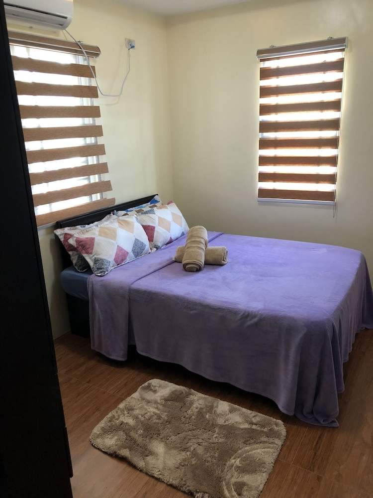 Room, 2 Bedroom 2 Bath Townhouse near Sm Pampanga located in Mexico, SanFernando Pam.