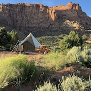 Canaan Cliffs Glamping