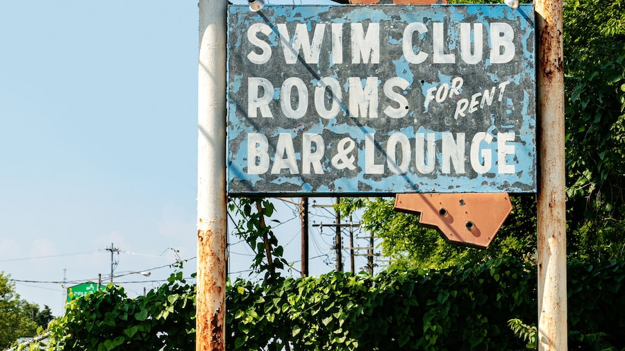 The Dive Motel & Swim Club