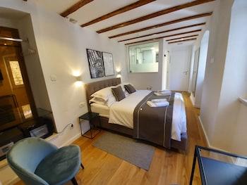 The Suites at Central Split