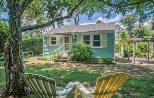 Excellent Best Cape Cod Cottages For 2019 Find Cheap 95 Cottage Download Free Architecture Designs Sospemadebymaigaardcom