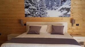 Copriletto in piuma, materassi a doppio strato, cassaforte in camera