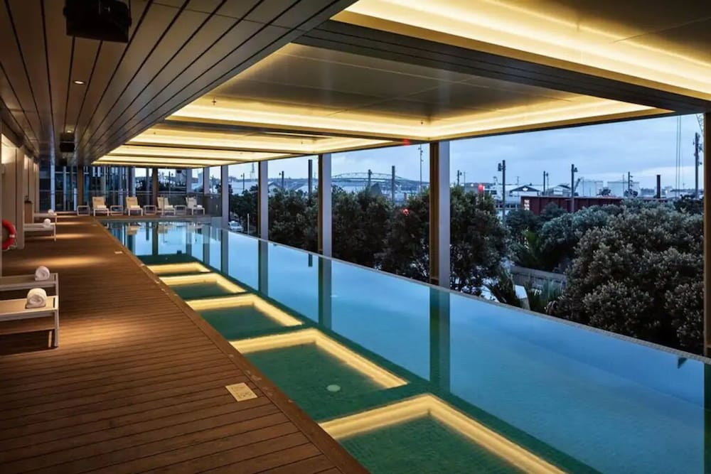 Outdoor Pool, Park Hyatt Auckland
