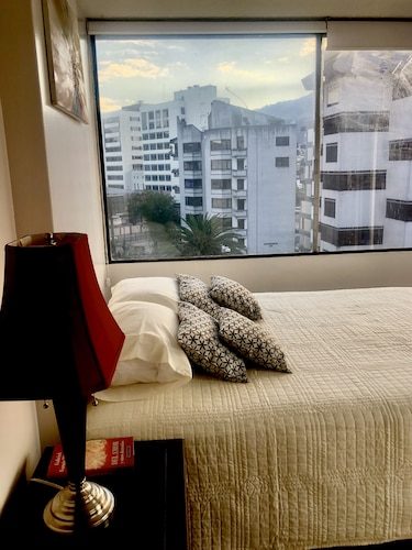 Suite and Apartment Well Located In Quito