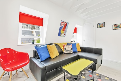 Brighton Getaways - Bond Street Studio