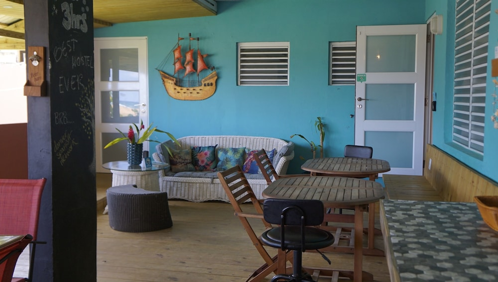 Interior Entrance, Casa Coral - Hostel