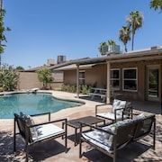 3BR Mesa Home with Pool by WanderJaunt