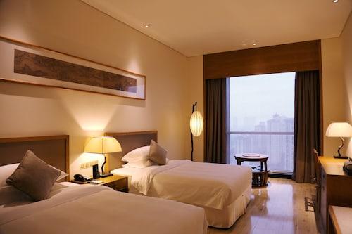 Amitabha Hotel Pushang Branch