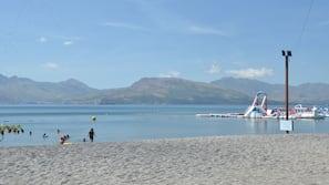 Private beach, beach cabanas, sun-loungers