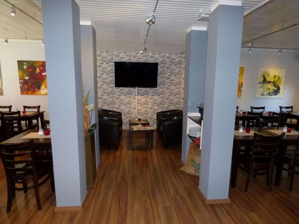 Art Inn Hotel Dinslaken Dinslaken Hotelbewertungen 2019 Expedia De